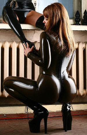 Latex catsuit ass