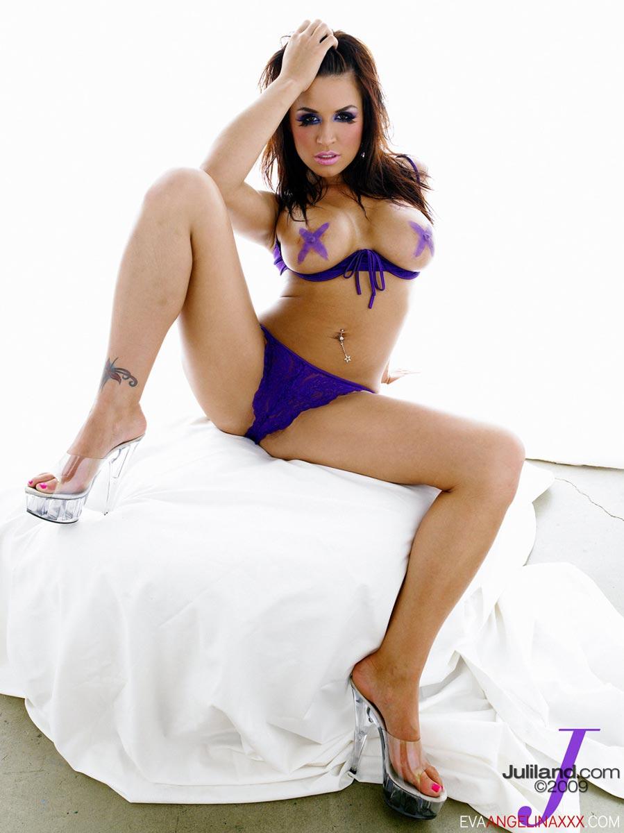 Eva Angelina Nude Photos 35