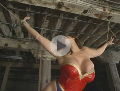 *Video:wonder woman gets hogtied!