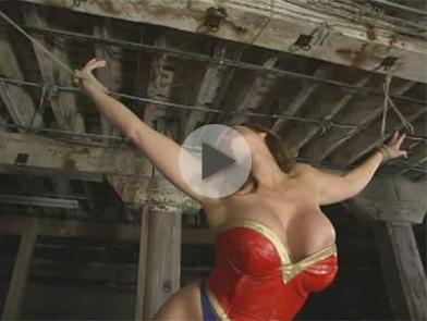 *Video:wonder woman gets hogtied!