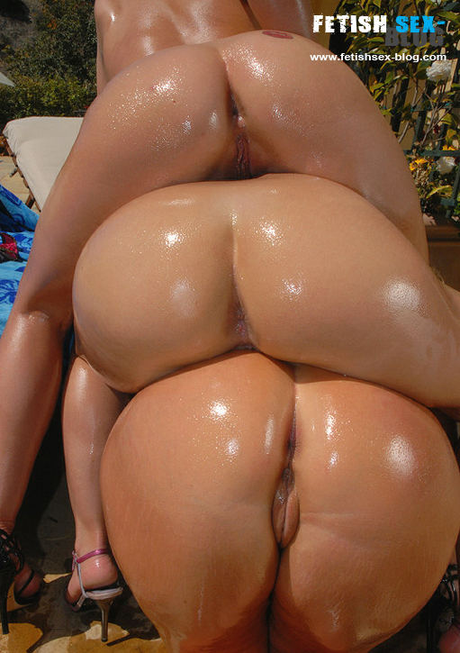 Big ass sex oiled
